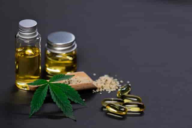 The Benefits of Using Tinctures Over Capsules